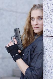 Marta Kulakova, gun play