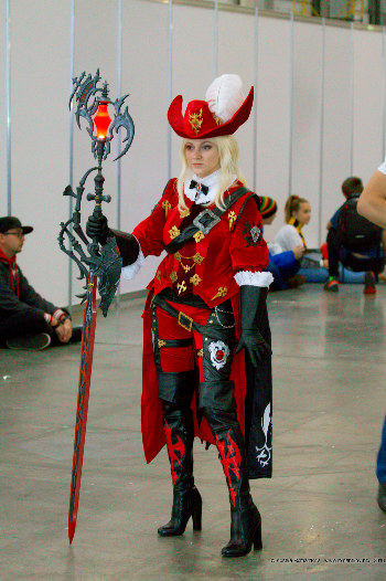 Final Fantasy XIV Cosplay: Red Mage // Comic Con Russia 2018